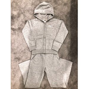 New Girls Grey JUICY COUTURE Tracksuit Set, 8/10